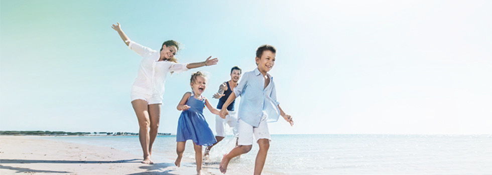 Cembra TravelProtect Familie Strand
